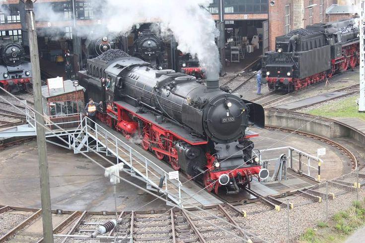 Паровоз. Steam locomotive.