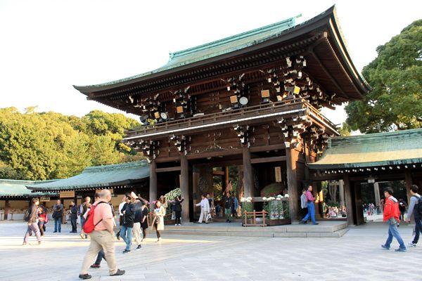Entrée du sanctuaire Meiji Jingu