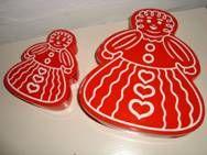 Retro danish Christmas cake tins - 1970es. Plastic. H: 4 cm + 12 x 14,5 cm and H: 5 cm + 18 x 22 cm.  #retro #danish #christmas #plastic #tin #1970 #dansk #jul #plast #kagedaase. SOLGT.