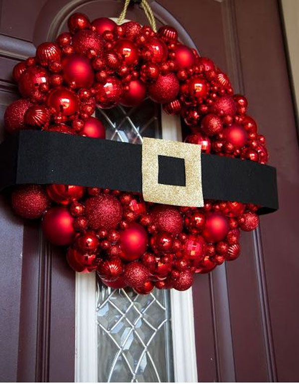 20 Festive Christmas Wreaths That Will Bring Joy To Your Home