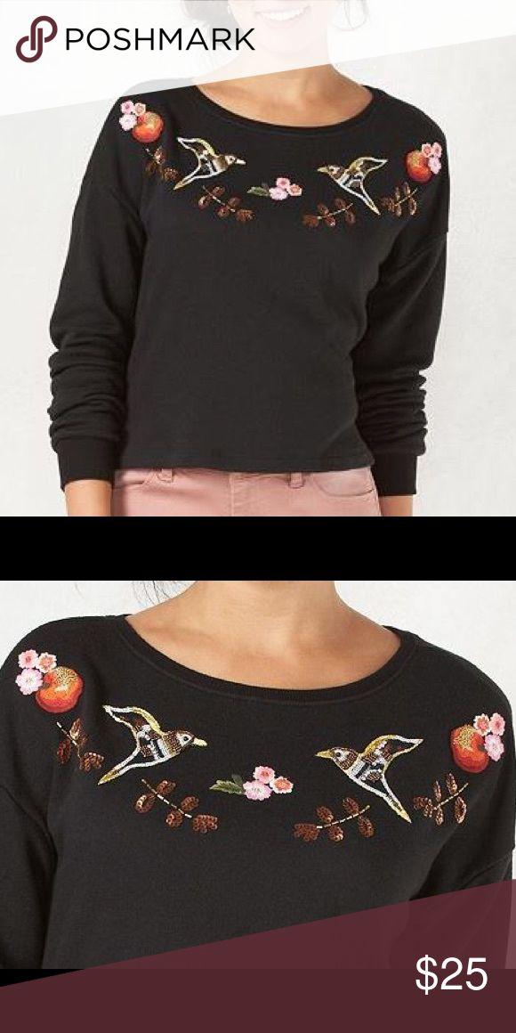 French crop sweatshirt Disney's Snow White collection by LAUREN CONRAD LC Lauren Conrad Tops Sweatshirts & Hoodies
