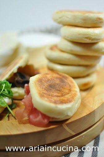 """Blog di cucina di Aria: Le mie tigelle """"eretiche"""" allo yogurt"""