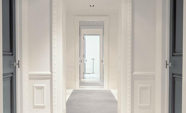 Classical en suite rooms by Piet Boon.