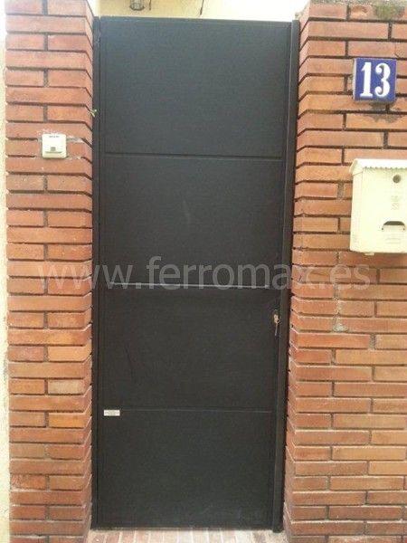 Modelo de puerta de hierro sencilla pesquisa google for Puertas hierro exterior