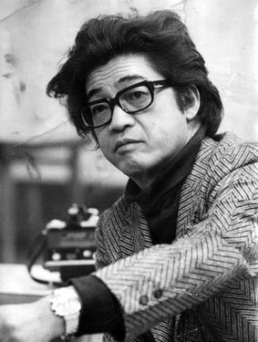 Kobo Abe in 1973 (Asahi Shimbun file photo)