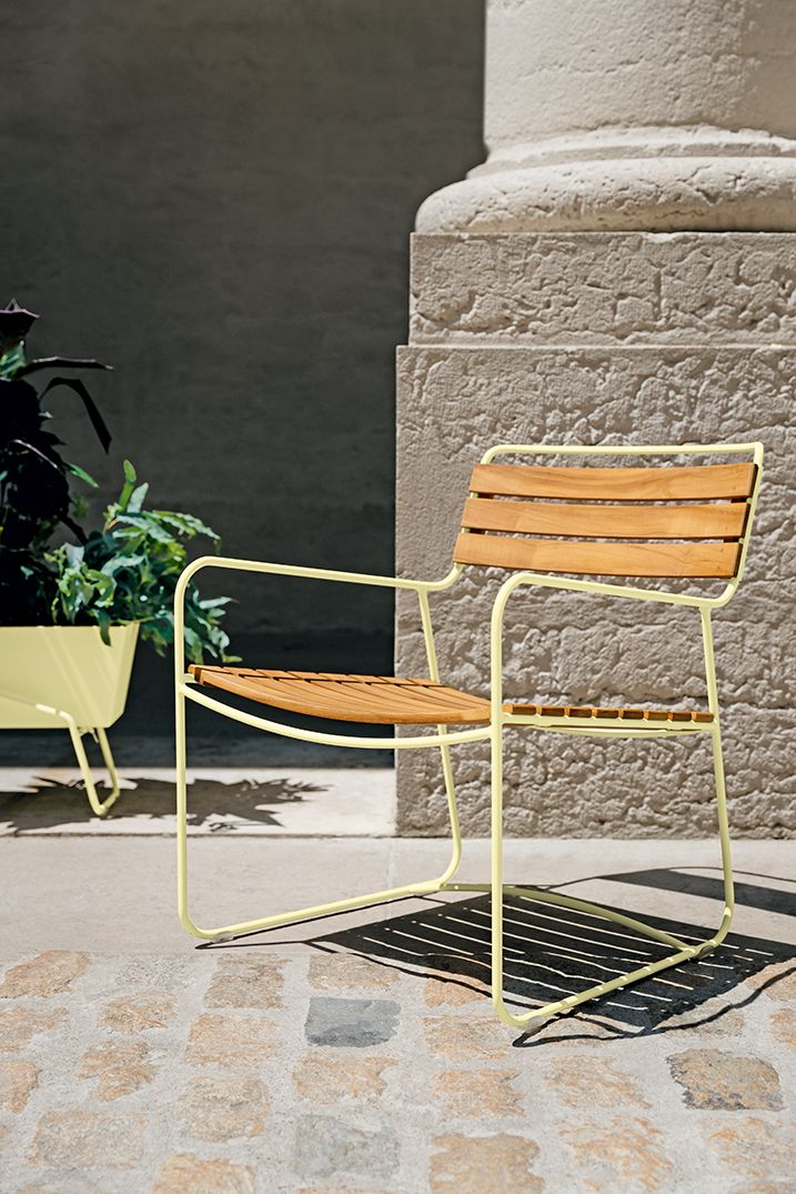 Pin By Quatuor Be On Mobilier Exterieur In 2020 Contemporary