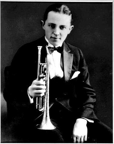 Bix Beiderbecke (Traditional Jazz) Cornetist,Pianist & Arranger