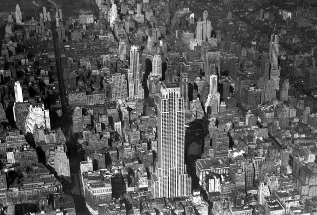 Empire State Building, 1930 - New York City skyscrapers under construction - NY Daily News: Empire States Building, Cities Skyscrapers, Daily News, New York Cities, Big Life, Under Construction, Empire State Building, Buildings Structure, 102 Stories
