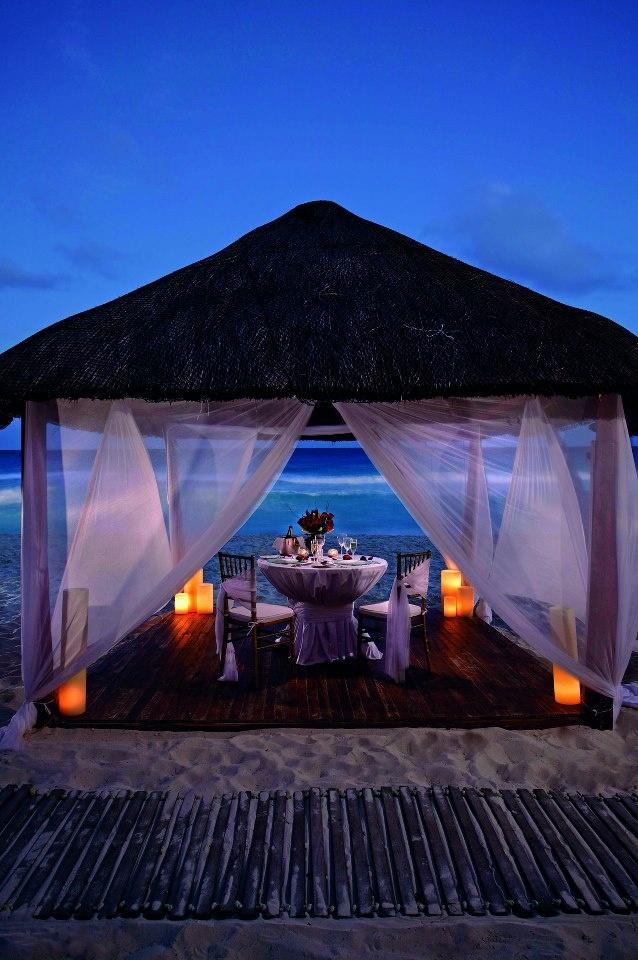 Romantic Dinner for Two  --  Cena romántica para dos   --  Ritz Carlton Cancun for our 20th in 2003.