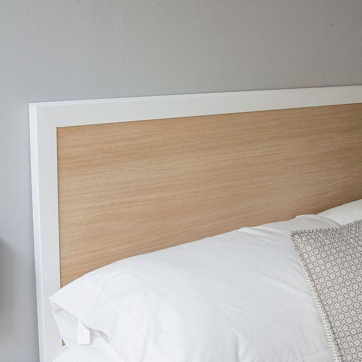 Medidas: 100 cm (para cama de 90), 145 cm (para cama de 135), 160 cm (para cama de 150), 190 (para cama de 180).