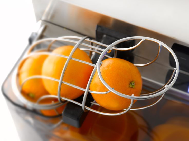With the Autostart mode the juicer starts up automatically when fruit is placed in the feeder tube.
