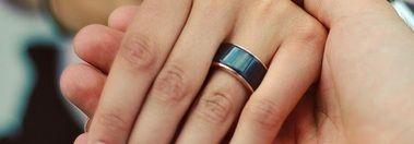 Pierścień pozwalający czuć bicie serca partnera