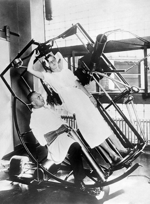 One of the advanced wonders at the Roentgen Institute, the modern Roentgen 'look through' machine, which prevents any injury to the treating physician, Frankfurt, Germany, circa 1929.