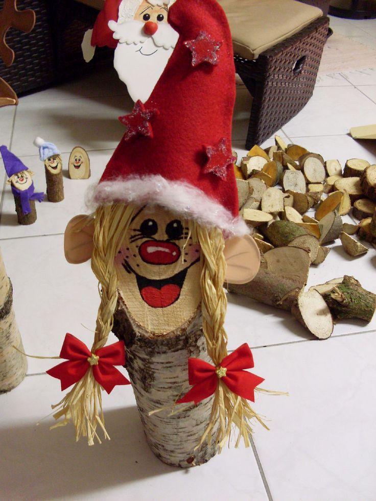 Für den Weihnachtsbasar 2010 habe ich Baumstammfiguren