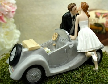 Cute cake topper! If only the car was  a blue Nissan 240 with a yellow 7 ;)