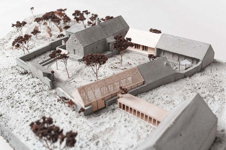 Mlynská usadlosť s priľahlým sadom sa nachádza na severnom okraji mesta Pezinok. V súčasnosti funguje areál mlyna ako vysunuté pracovisko SNG, Galéria insitného umenia Pezinok. Náš návrh má ambíciu prilákať do areálu mlyna viac návštevníkov, ...