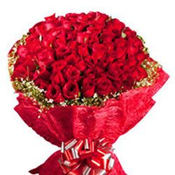 If you want the online valentine gift shopping in India then visit our site and buy gift from ferns n petals. Here's you can shopping valentine's gift  online in India. For more information about valentine gifts visit our site @ www.fnp.com/valentine.