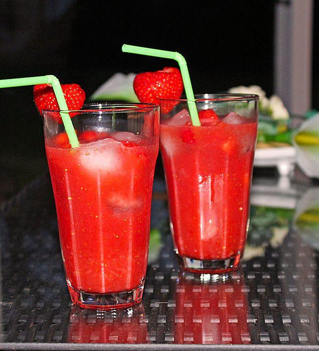 Erdbeer - Caipirinha, ein beliebtes Rezept aus der Kategorie Cocktail. Bewertungen: 16. Durchschnitt: Ø 4,4.