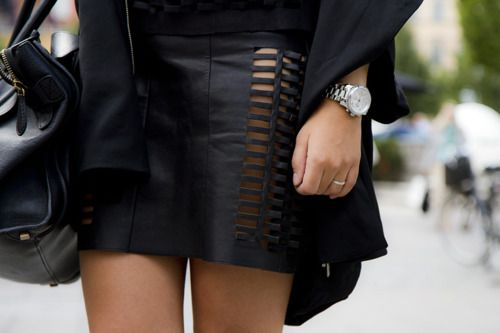 Leather mini: Sexy Black Outfits, Clothing Altered, Favorite Style, Diy Fashion, Leather Skirts, Fashion Week, Street Styles, Fashion Inspiration, Cut Outs