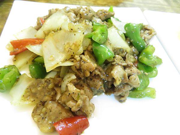 2人で1800円だから安い 中華料理 タイで バンコクで 真夏日で 中国料理店 Ethnic Recipes Fried Rice Chinese