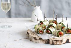 Rolletjes van courgette met zalm en kerstomaatjes http://www.detafelvantine.be/bericht/nooit-meer-di-ten-2