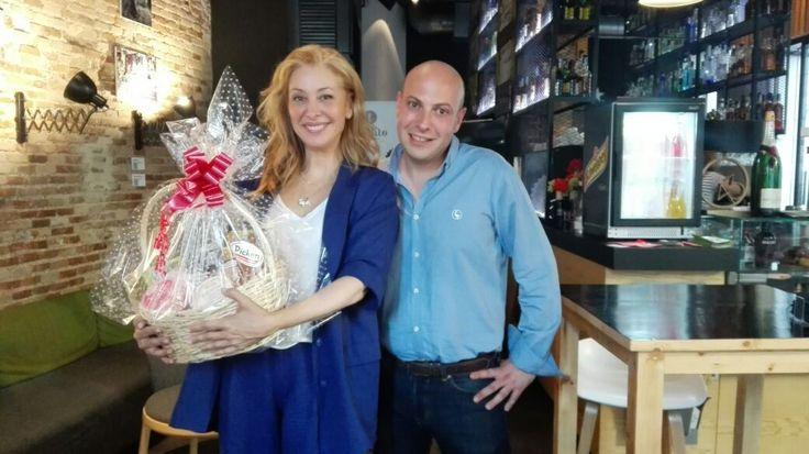 Ayer entregamos un lote de productos #Picken y #LaCuina a la periodista #TeresaViejo. ¡Le encantó nuestro regalo!