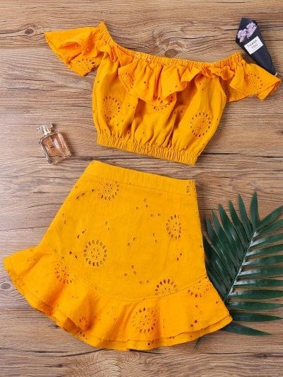 SHARE & Get it FREE | Off The Shoulder Ruffle Skirt Two Piece Set - Orange SFor Fashion Lovers only:80,000+ Items • New Arrivals Daily Join Zaful: Get YOUR $50 NOW!