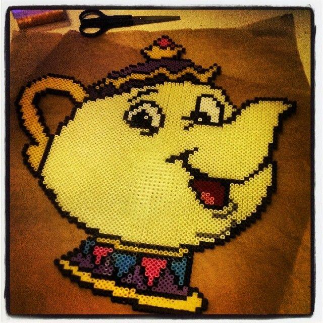 Disney Mrs Pott Beauty and the Beast hama perler beads by augen_und_herz_sind_dynamit