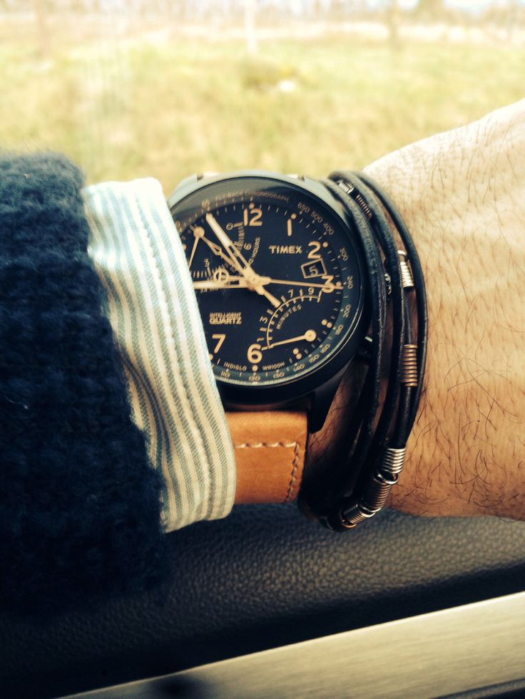 Timex Watches / Montre Timex--this is such a cool watch for a guy