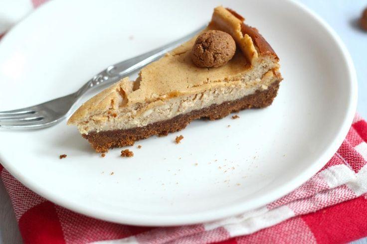Op zoek naar een heel lekker (taart) recept voor 5 december? Maak dan deze pepernoten cheesecake, succes gegarandeerd!