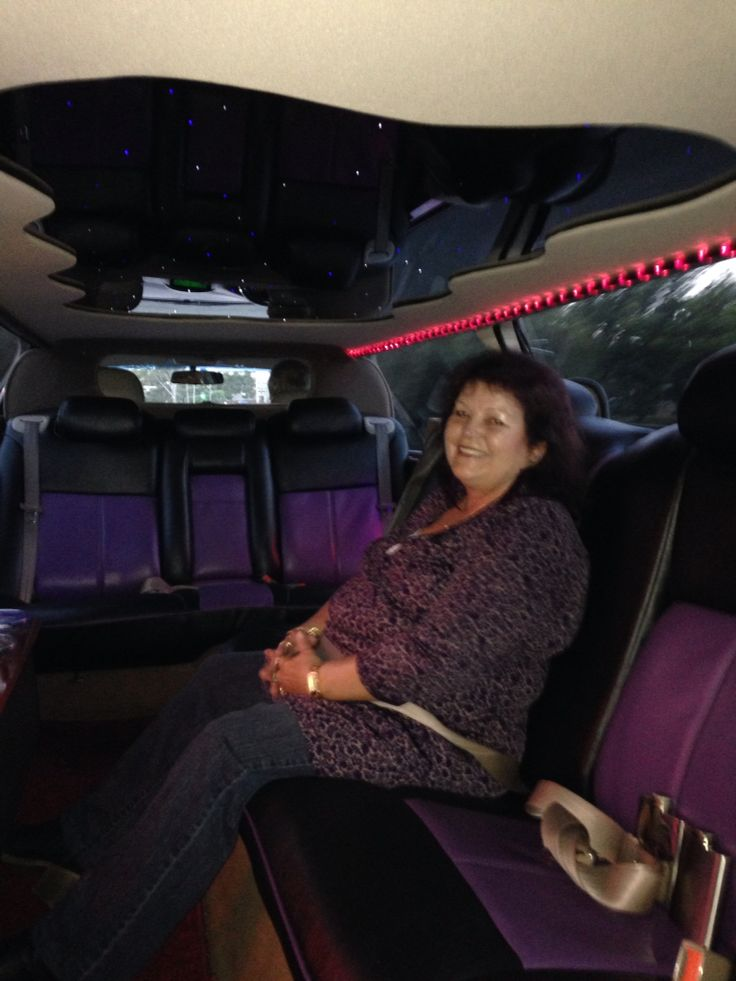 In the Limo going to see Suzi.