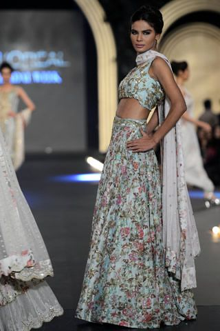 Zara Shahjahan https://www.facebook.com/zarashahjahan Pakistan at PFDC L'Oreal Bridal Week (Oct) 2013