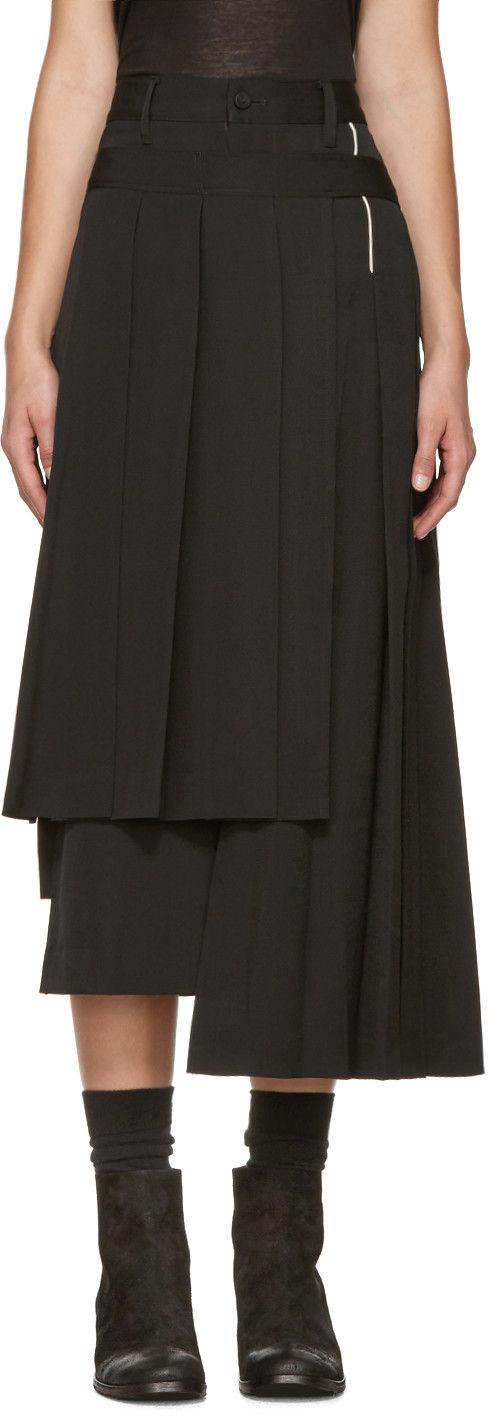 YOHJI YAMAMOTO Black Pleated Wrap Skirt. #yohjiyamamoto #cloth #skirt