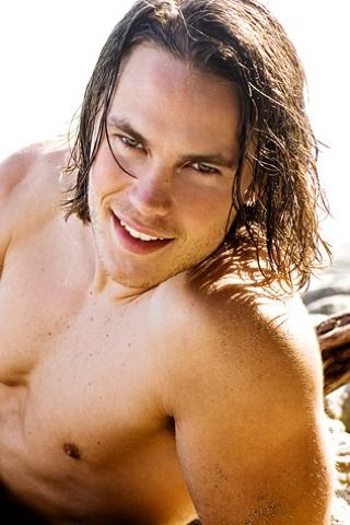 Taylor Kitsch - I'm watching Friday Night Lights again, I can forgive him John Carter of Mars...