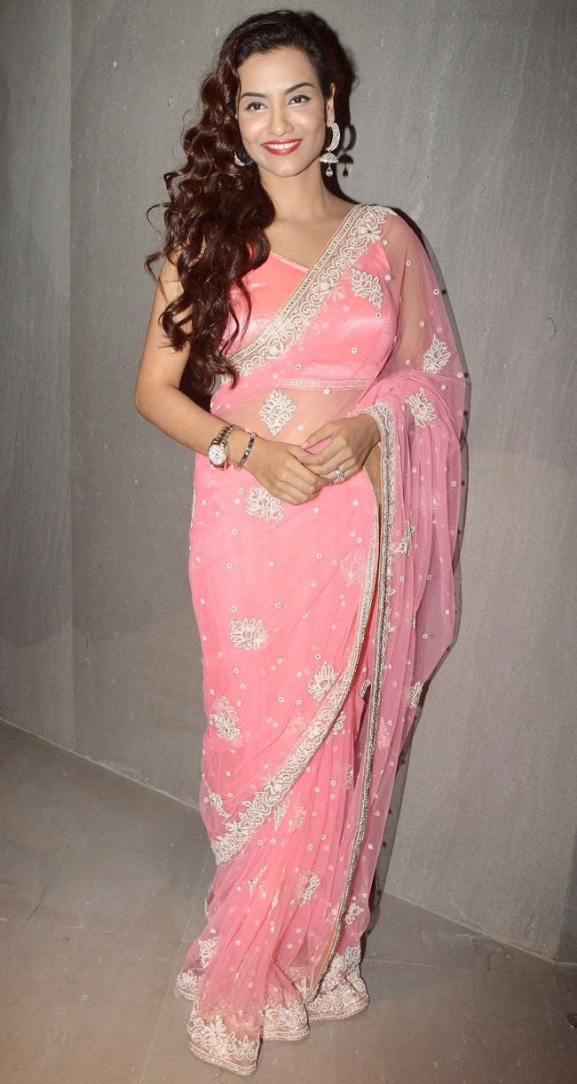 Tia Bajpai at special screening of 'Desi Kattey'. #Bollywood #Fashion #Style #Beauty