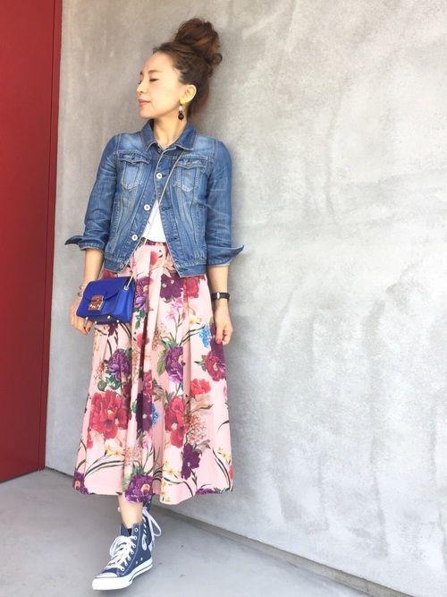 ザラの花柄スカートで春コーデ✨ WEARで素敵に着こなしてる方を見て欲しくなりやっと手に入れ