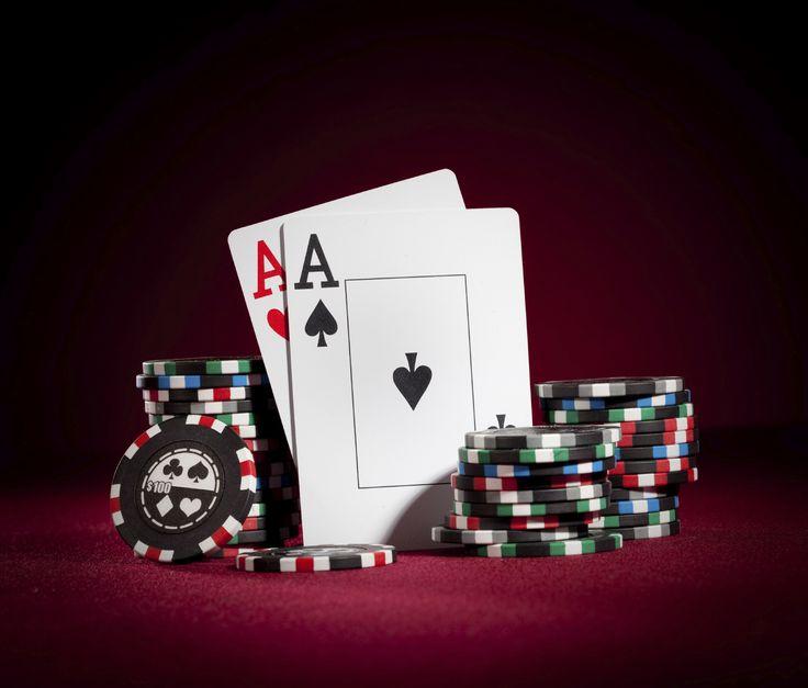 http://meilleurs-sites-poker.fr/wp-content/uploads/2015/01/poker-awards-1.jpg