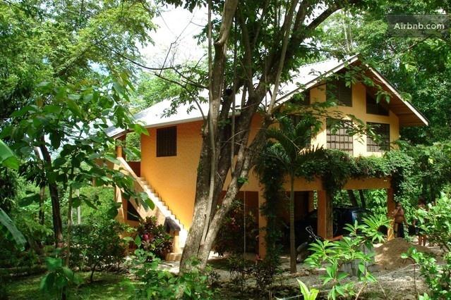 Artist's 4 Bdrm Home in Costa Rica in Nosara
