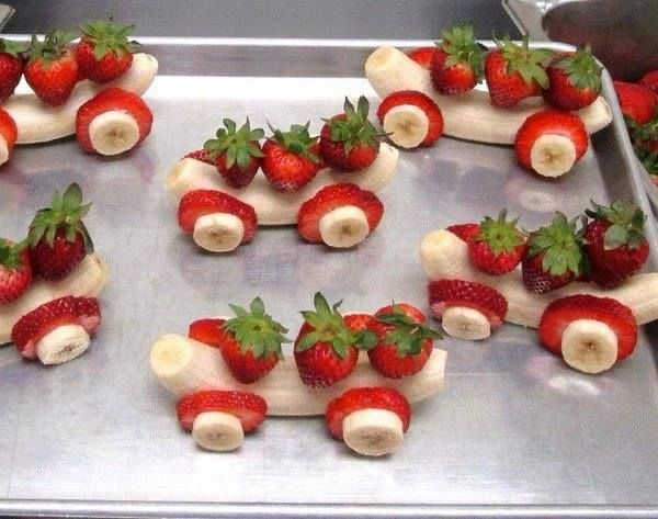 Banana cars with strawberry wheels. Cute and healthy idea for everyone!