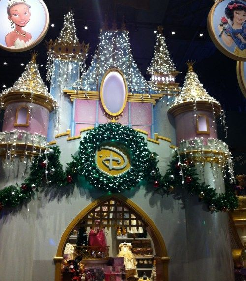 Store With Christmas Decorations: 7 Best Images About Disney Store On Pinterest