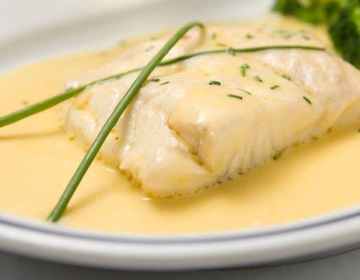 #Quenelles de #pescado blanco con salsa de queso fundido. #RecetasEstampas