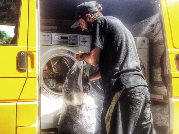 Australie : un camion ambulant permet aux SDF de faire leur lessive
