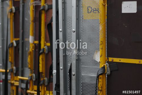 Post Container