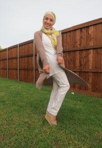 Hijab Fashion white pants and cardigan