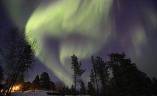 Auroras in Menesjarvi