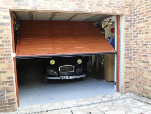 SAFIR porte de garage basculante automatique SAFIR Mélodia