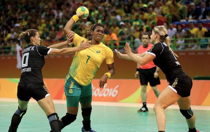 Brasil enfrenta os Países Baixos nas quartas do handebol feminino