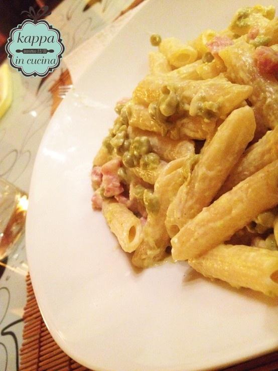 Pasta piselli pancetta zafferano