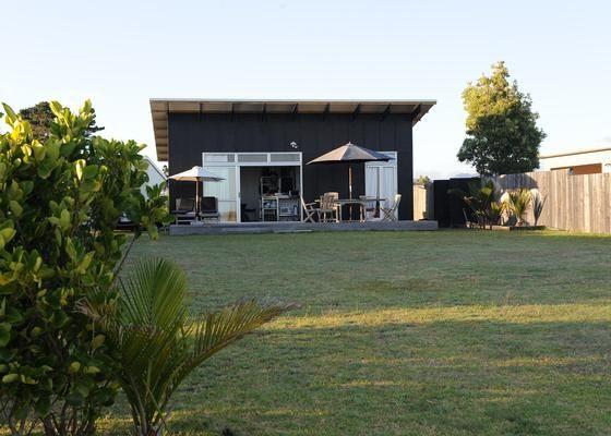 Matarangi Beachfront Kiwi Bach in Matarangi Beach, Matarangi | Bookabach