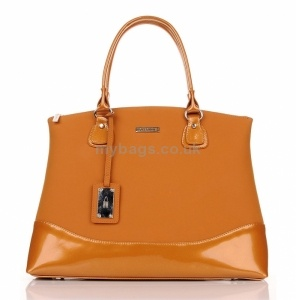 Classic leather bag Day Classics http://www.mybags.co.uk/classic-leather-bag-day-classics-1407.html